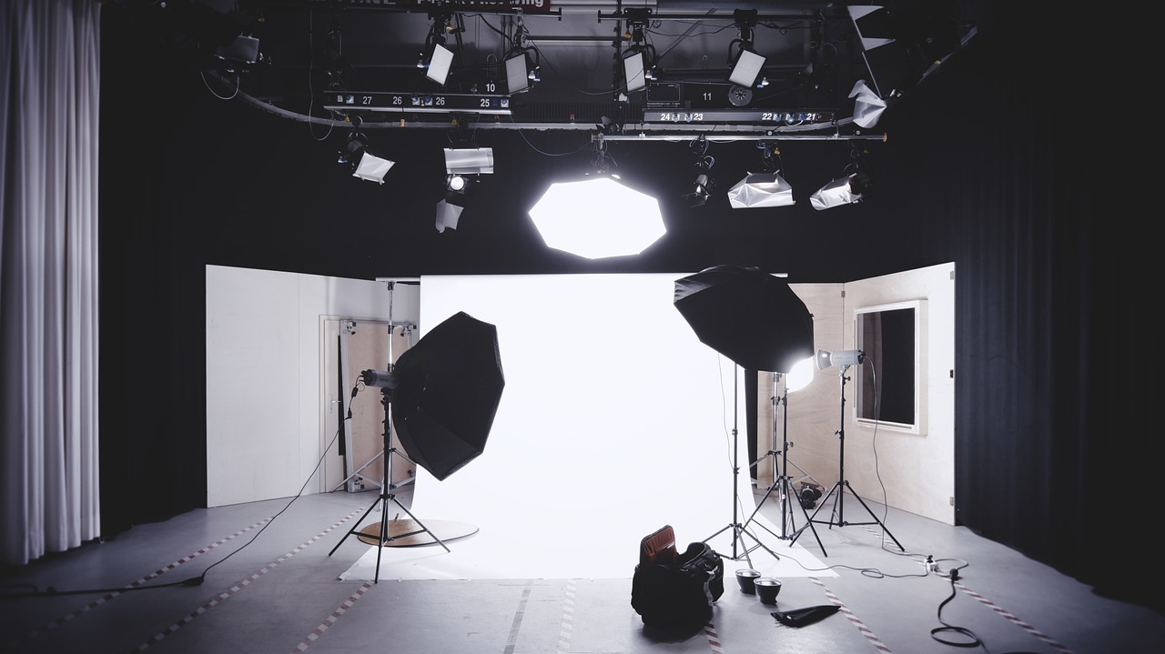 hiring a photo studio